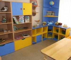 столы стеллажи шкафы для детей под заказ