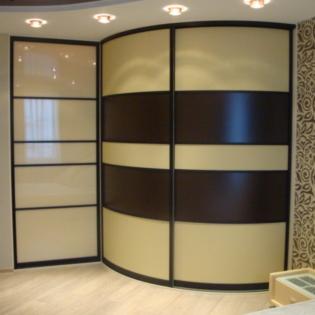 Двух дверный шкаф-купе с радиусными дверями