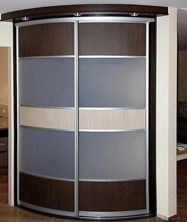 радиусный шкаф в спальню