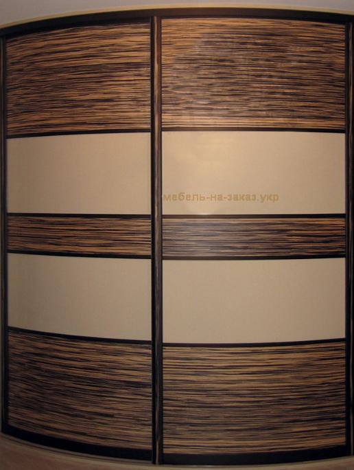 закругленный угловой шкаф