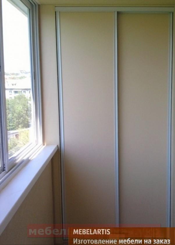 шкаф с раздвижными дверями на балкон под заказ