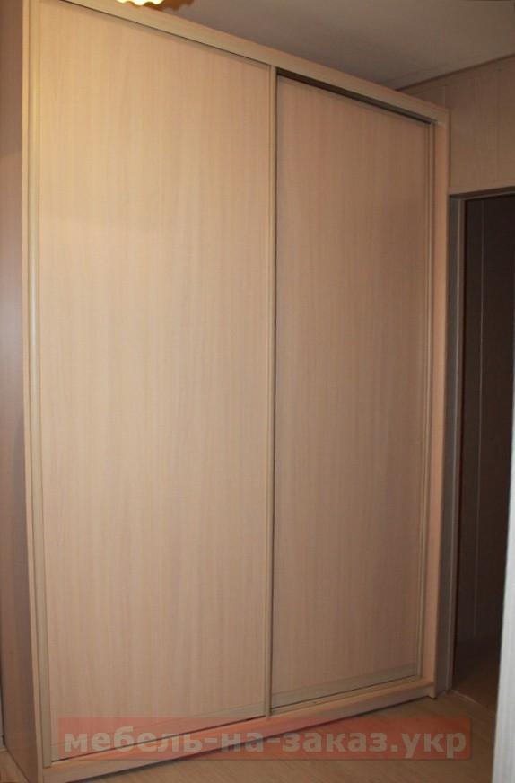 шкаф в коридор под заказ в Киеве