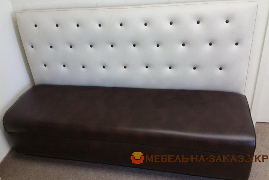 бело-серый диван для кафе под заказ