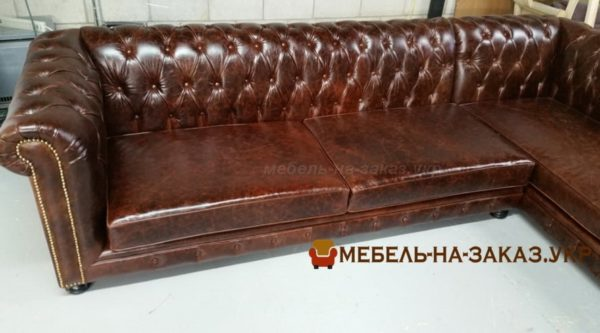 прямой диван в кафе под заказ в к Иеве