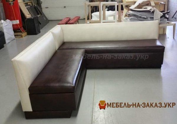 угловая мягкая мебель для кафе