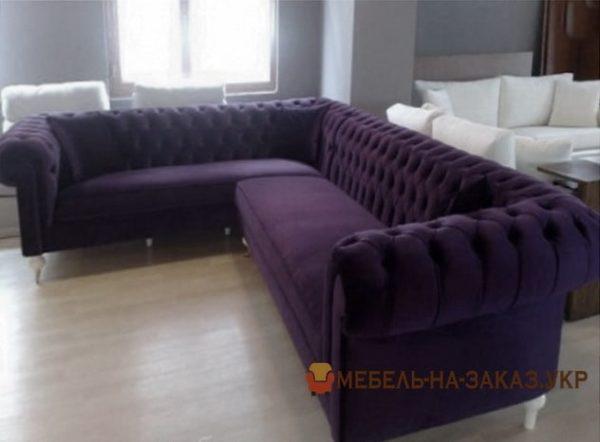 угловой диван в кафе