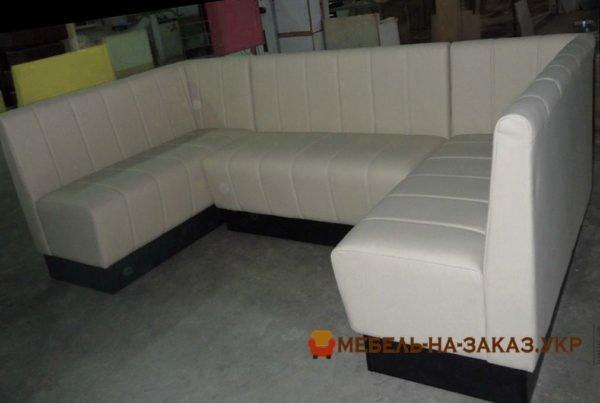 белый модульный п образный диван для кафе