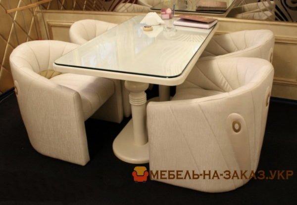 белые кресла для кафе