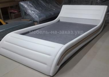 мягкая кровать по индивидуальному заказу