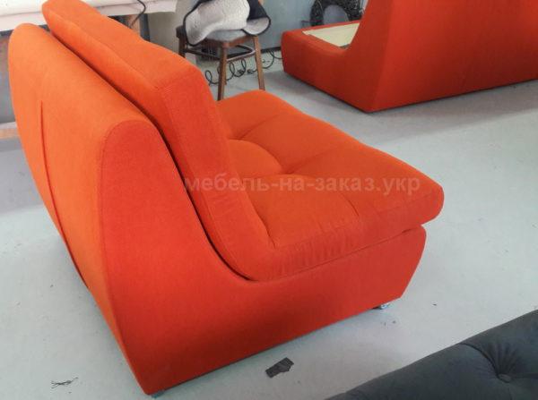красные кресла для ресторана