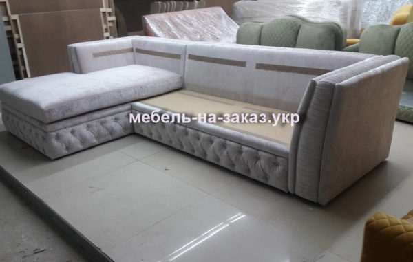 заказной угловой белый диван