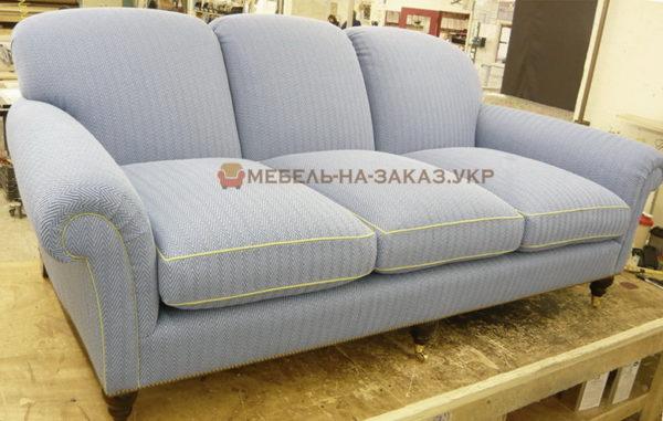 светло голубой прямой диван на заказ