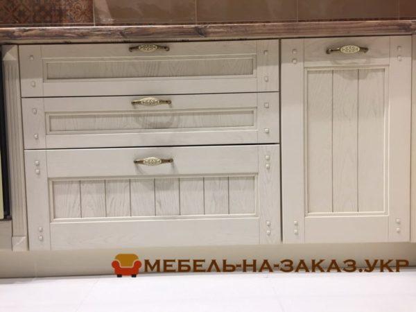 Деревянные фасады для классической кухни Печерский район