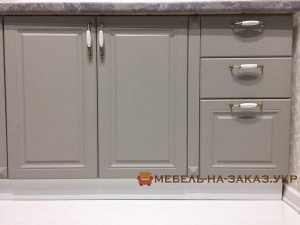классические фасады для кухни на заказ Винница
