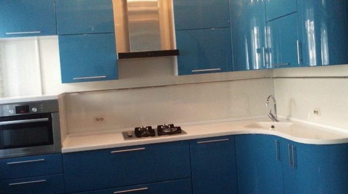 оттенки голубого цвета кухни