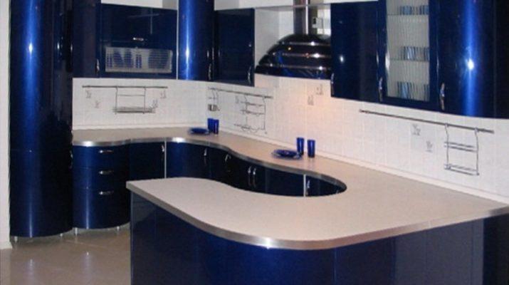 п образная кухня голубая