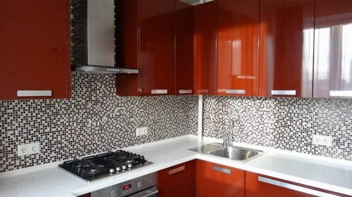 красный глянец кухни