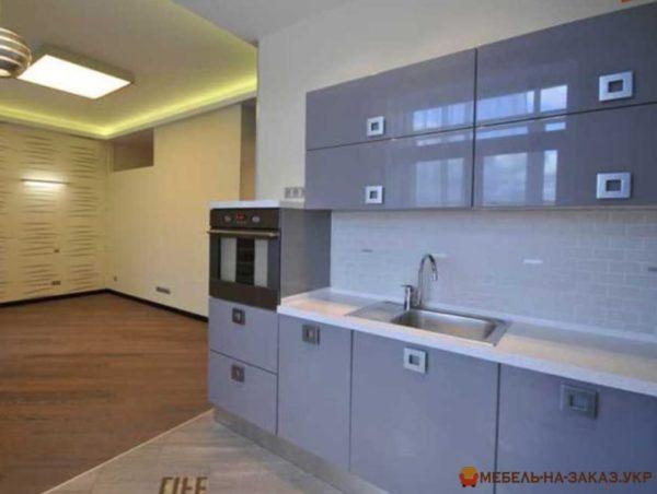 современная глянцевая кухонная мебель