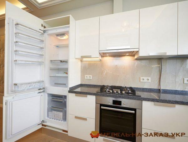 Угловая маленькая кухня с подсветкой на заказ Киев