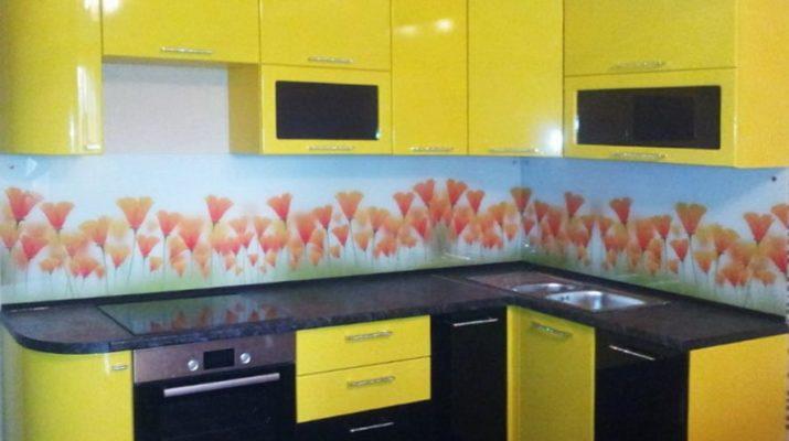 угловая черно желтая кухня на заказ