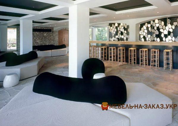 радиусная мебель в отель