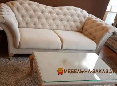 комплект дивана и пуфа