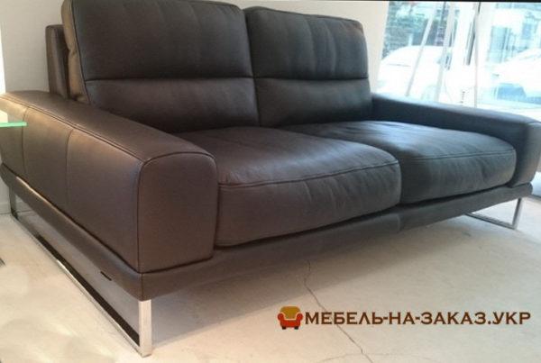 заказать кожаный прямой диван в Киеве