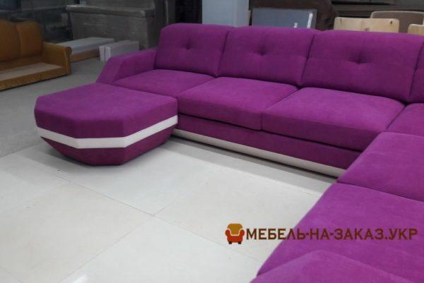 розовый диван п образный в отеляь
