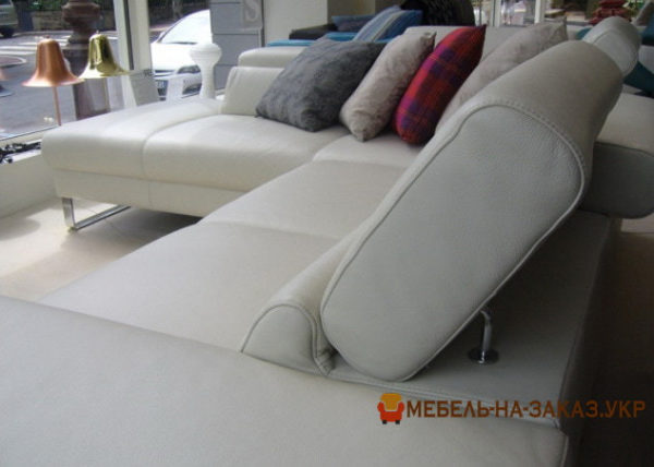 диван по индивидуальному проекту с подушками УКраина