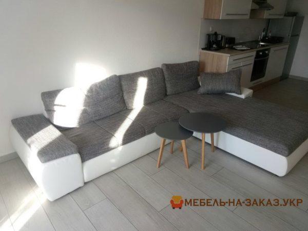 заказной диван в кухню