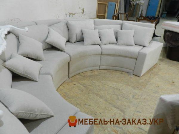 заказать круглый диван на рецепцию отеля