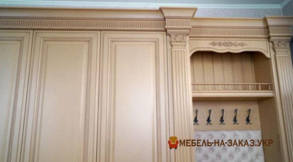 Авторский шкаф в коридор под заказ Белогородка