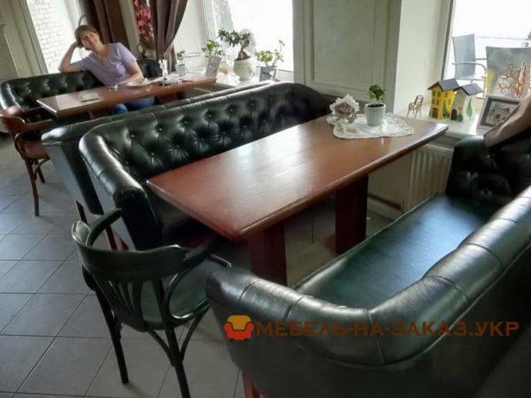 диван в ресторан