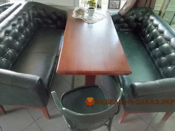 диван с каретной перетяжкой в ресторан на заказ