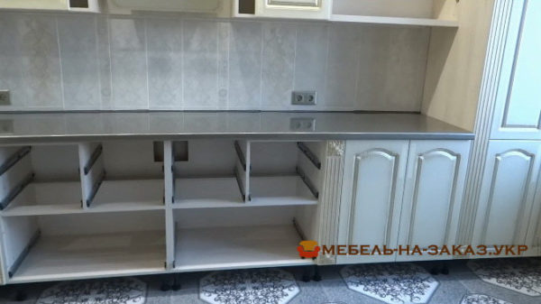 монтаж кухонной кухни