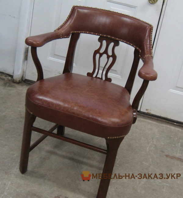 элегантный кожаный стул