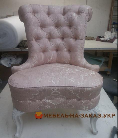 кресло стул с высокой спинкой