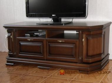 деревянный комод под телевизор для гостиной