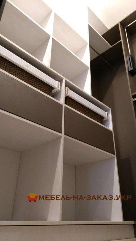 элитная мебель для хранения одежды Киев