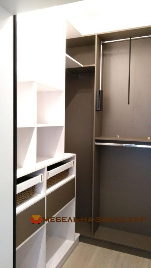 пантограф в гардеробной
