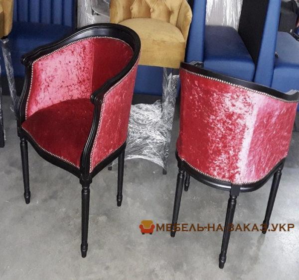 стулья в античном стиле