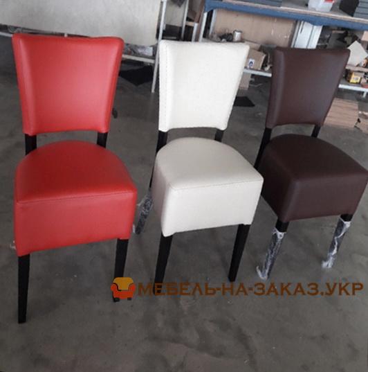 разноцветные стулья на заказ