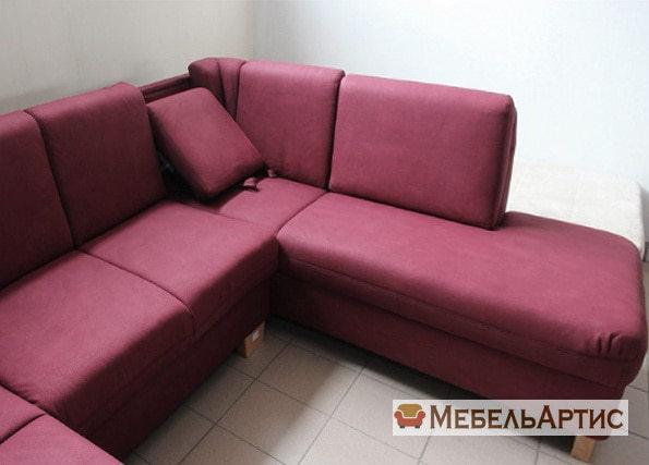 малиновый офисный диван