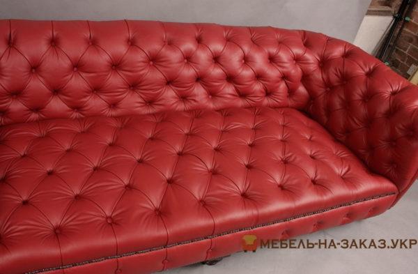 красная мягкая мебель честер