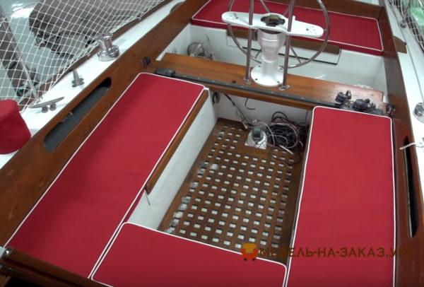 изготовление мягкой мебели для катеров на заказ