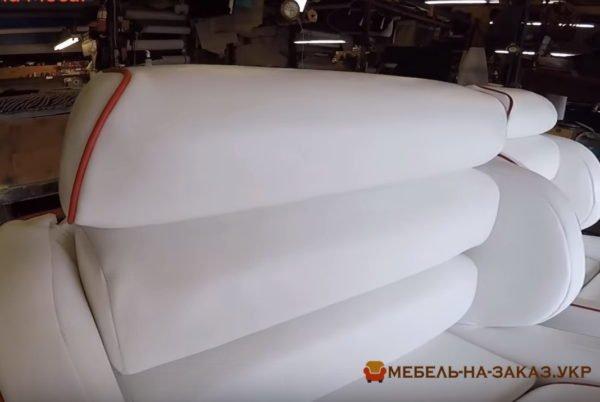 прямой диван для водного транспорта на заказ в Одессе