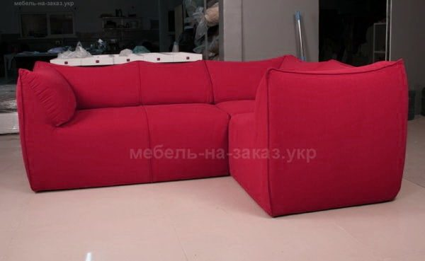 угловой модульный диван розового цвета