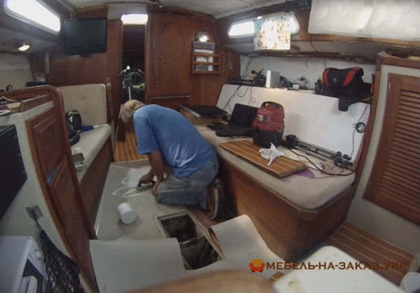пошив кресел для катера