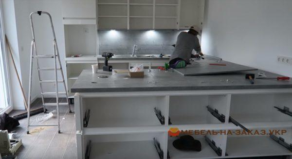 услуги профессиональной сборки кухонной мебели