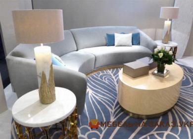 голубой радиусный диван
